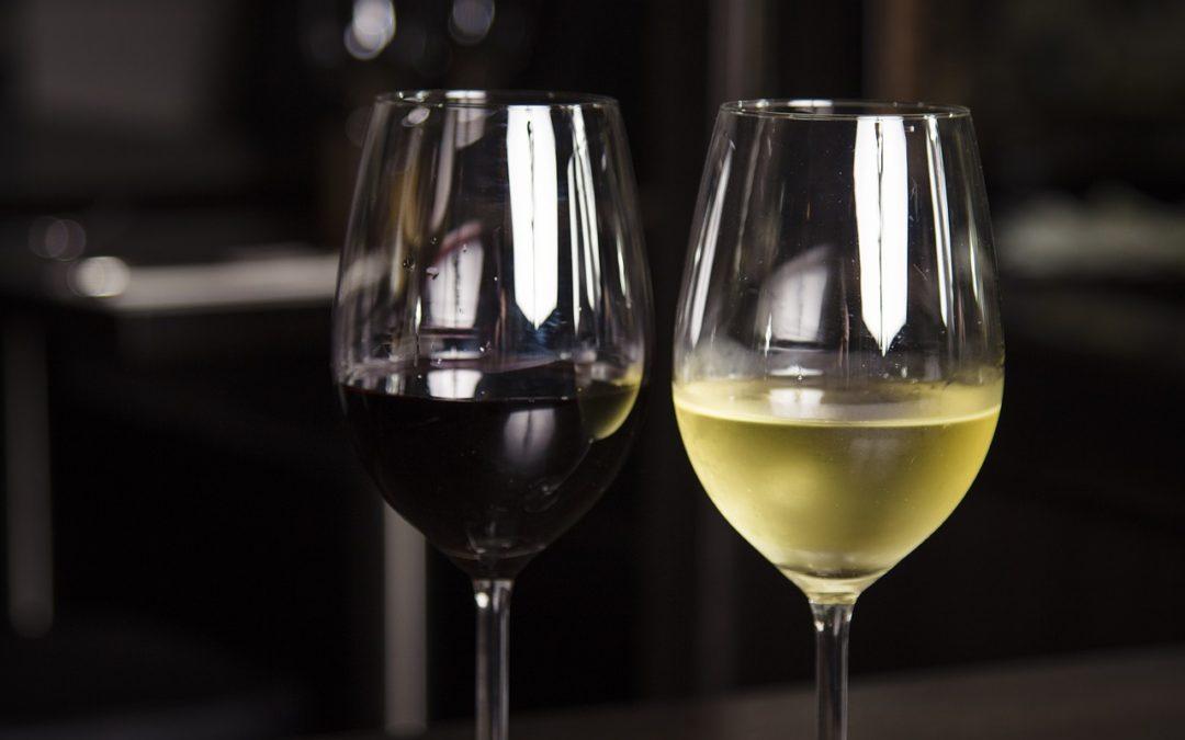 A qué temperatura se sirve el vino tinto